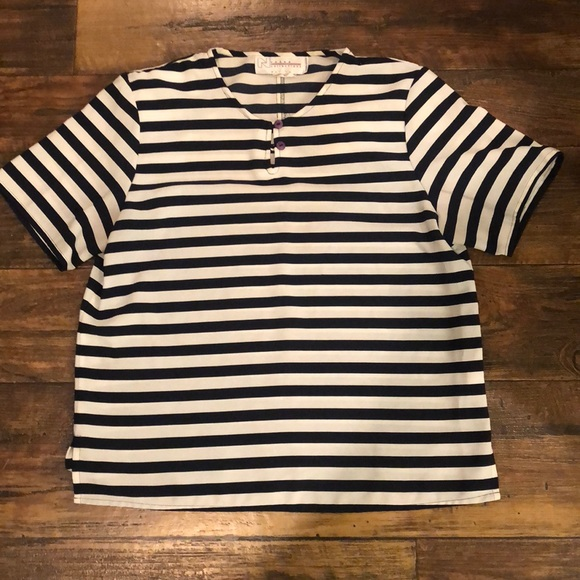 Tops - Vintage Stripped blouse with shoulder pads!